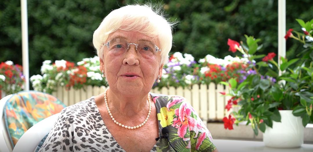 Oma Ria, Großmutter eines Polizisten